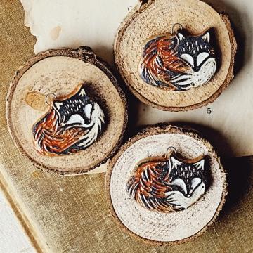 Cozy Foxes
