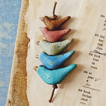 stacked bird beads