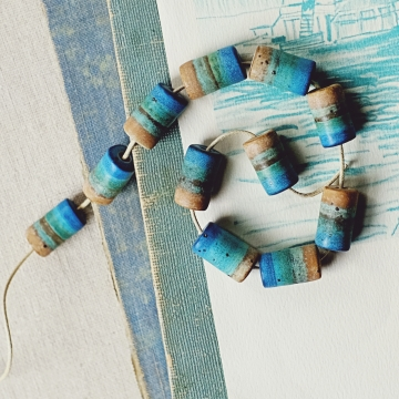 seaside tube beads
