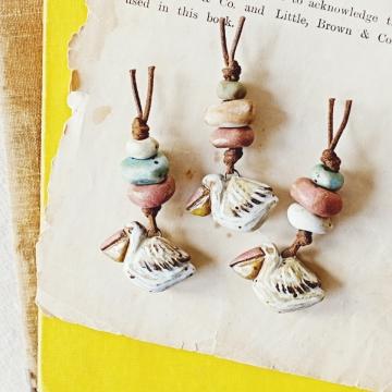 pelican sets