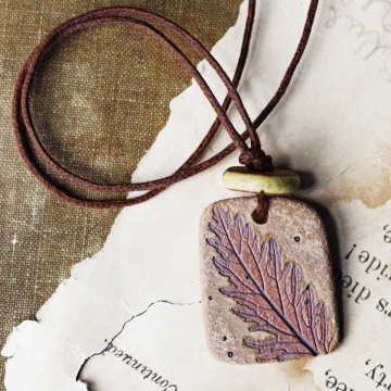 Simplicity- handmade ceramic leaf necklace